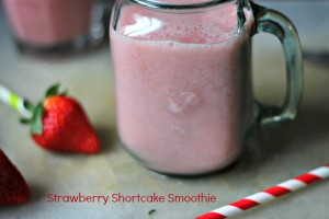 strawberry berry shortcake smoothie