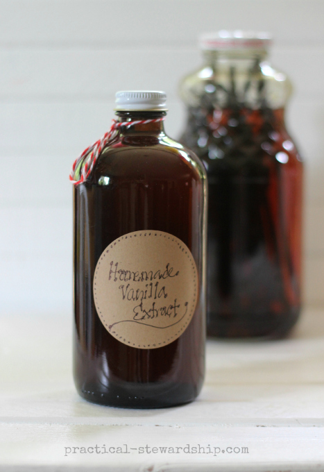 Gift Giving: Homemade Vanilla Extract with Re-purposed Bottles ...