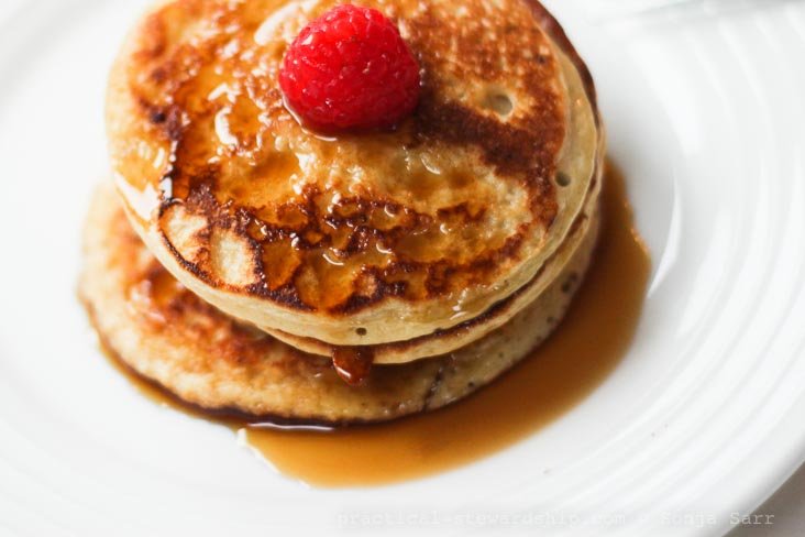 4 Ingredient Protein Packed Pancakes-3