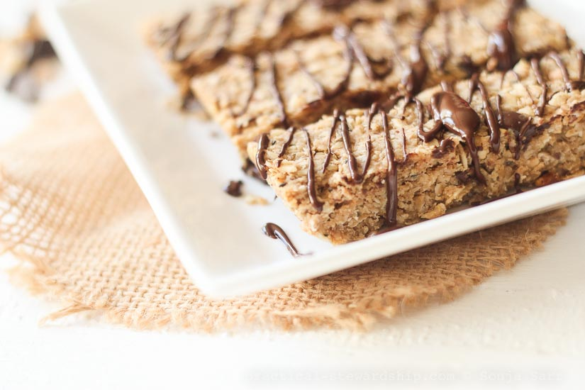 4 Ingredient Chewy Granola Bars