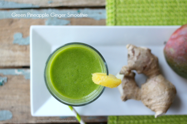 Green Pineapple Ginger Smoothie