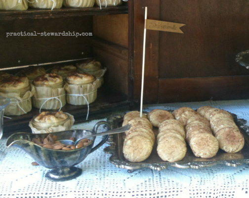 Snickerdoodles and Almonds @ the Burlap Party