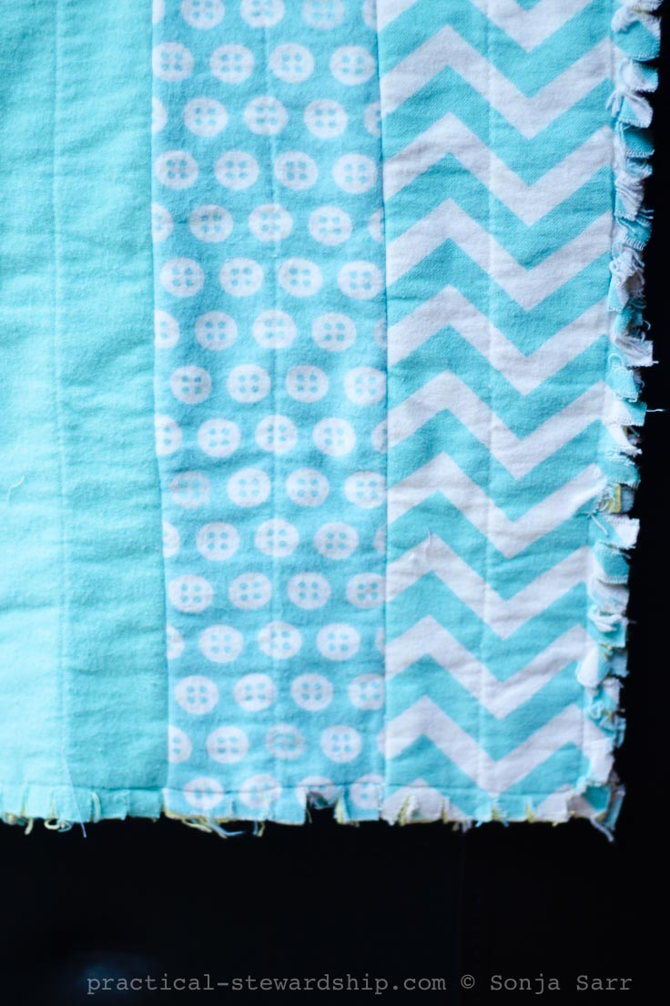 Easy DIY Rag Strip Quilt
